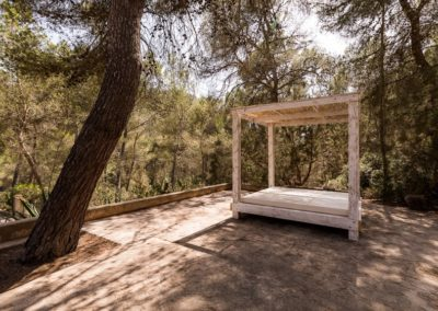 201-DayBed